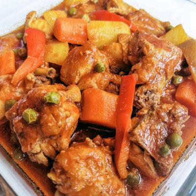 Instant Pot Chicken Stew in Tomato Sauce